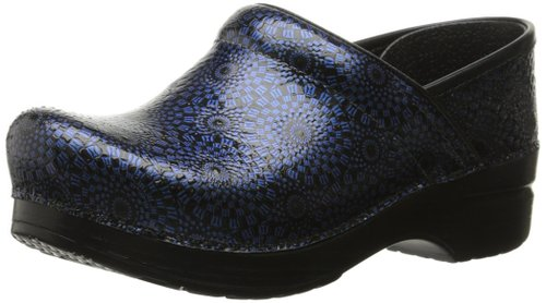 Dansko Women's Patent Leather Professional Clogs Review