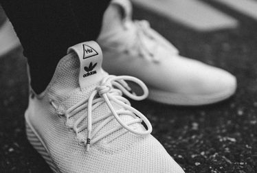How to Clean White Mesh Shoes?